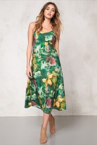 77thFLEAAMERICANA DRESS499.- BUBBLEROOM.SE KÖP HÄR