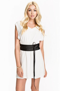 RUT&CIRCLEPRICE BELEN DRESS99.- NELLY.COM KÖP HÄR